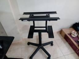 Mesas e racks