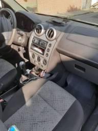 Vendo Ford Fiesta 2014 Rocam