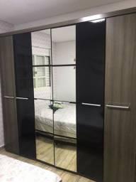 Vendo guarda roupa 6 portas e espelho