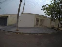 Vende Casa Frente Fundo em Bady ótima para Renda
