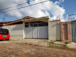 Vendo casa no Tropical