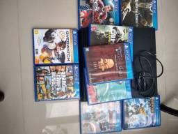 PS4 em ótimo estado com 9 jogos