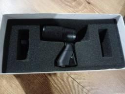 Microfone AKG D440
