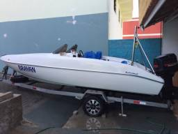 lancha motor boat 2000 com motor v6 2 tempos de 175cv