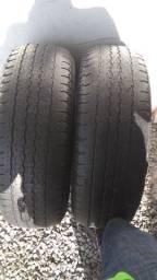 Par de Pneus Bridgestone 265 70 16