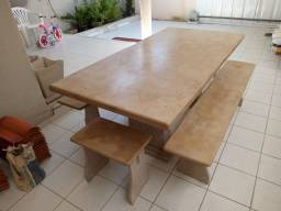 Conjuntos de mesa em pedra cariri