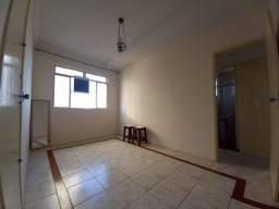 RM Imóveis vende Apartamento 02 quartos, 01 vaga livre, no Alto Caiçara!