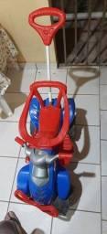 Quadriciclo infantil passeio