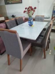 Mesa de 1,60 X 0,90 com 6 cadeiras
