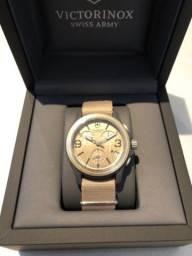 Relógio Victorinox Original Chronograph Sand Nylon 241533