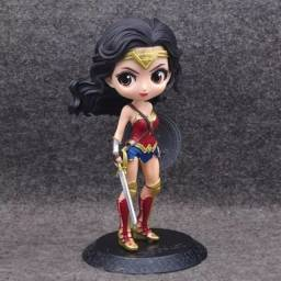 Action figure Mulher Maravilha