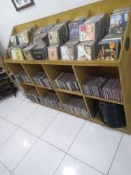 Lote com 500 cds variados..