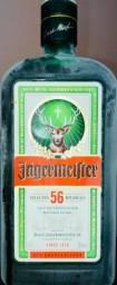 Garrafas de Jägermeifter vazia para decoração ou uso criativo