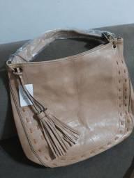 Bolsa feminina cor clara em couro sintético super macio