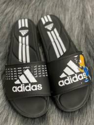Sandálias estilo