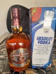 Combo vodka absolut + whiskey chivas regal original