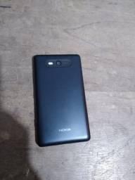 Celular Nokia Lumia com defeito.