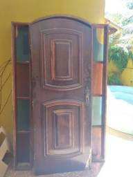 Vendo porta colonial com caxonete