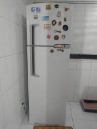 Refrigerador Brastemp 2 Portas, Frost Free, 378L, Branca - 127V