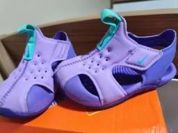 Sandália Nike menina nr. 18.5