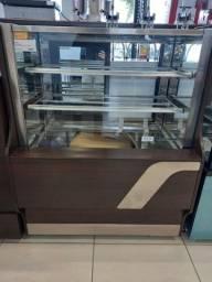 Confeitaria  seca wood vendedor Djonatan
