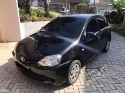 Vendo Etios Hatch XS 2014