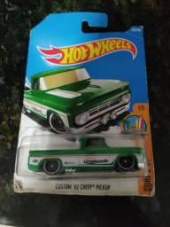 Título do anúncio: Hot Wheels Chevy 62 custom