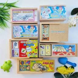 Lote de Brinquedos pedagógicos em madeira novos