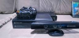 Xbox 360, Dois controles à Bateria, Kinect e 5 Jogos
