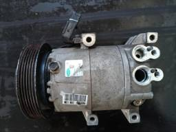 Compressor do ar condicionado do KIA Soul - R$ 500,00