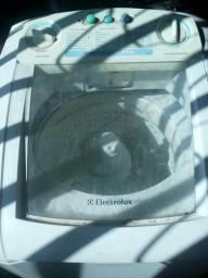 Máquina Eletrolux 7,5kg 150,00