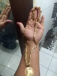 Corrente con ping ferradura de cavalo bamhada a ouro 18
