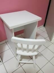 Movel escrivaninha com cadeira infantil