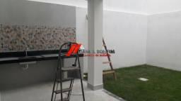 Casa nova em fase final de obra no bairro Grã-Duquesa