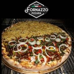 02 pizza tradicional grande + 1 refrigerante por 65,00