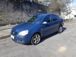 Volkswagen Polo Sedan 1.6 Flex 2007/2008 - 2008