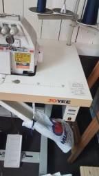 Máquina de costura ponto cadeia