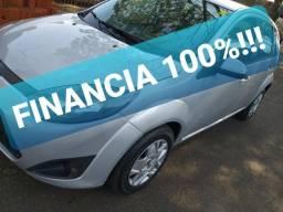FIESTA HATCH 1.0 FLEX 2014 COMPLETO FINANCIA 100%!!! vendo-troco - 2014