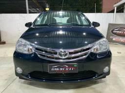 Toyota Etios Platinum 1.5 2014 - 2014