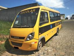 Micro ônibus Iveco Cityclass 70C17 (2013)