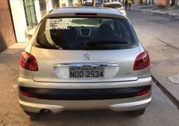 Peugeot 2011 1.4 completo!