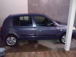 Clio 1.0 16V 2010/2011 4P - 2011
