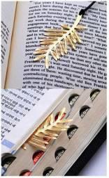 Marcador de livros - formato folha/ramo de árvore