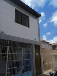 ALUGO APARTAMENTO/CASA NA RUA RIACHÃO, PRÓXIMO AO HOSPITAL DE CIRURGIA. R$ 800,00
