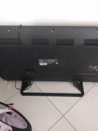 Tv LCD led 43 polegadas com defeito