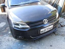 Vw - Volkswagen Jetta novíssimo - 2011
