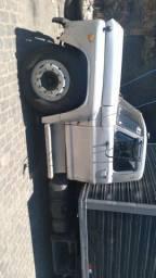 Caminhão Ford 11.000 motor MWm