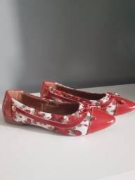 Sapatilha e sapato