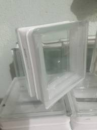 Tijolos de vidro 15 reais a unidade.