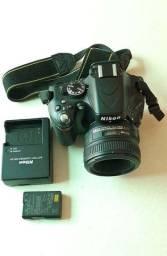 Camera Nikon D5100 lente 50mm + bolsa
